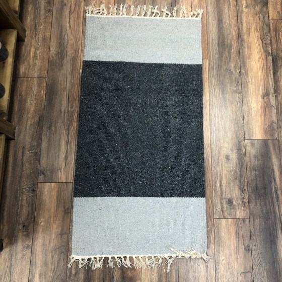 mor_gifts_interiors_dark_grey_rug