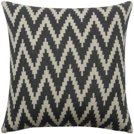 mor_gifts_interiors_grey_white_aztec_cushion