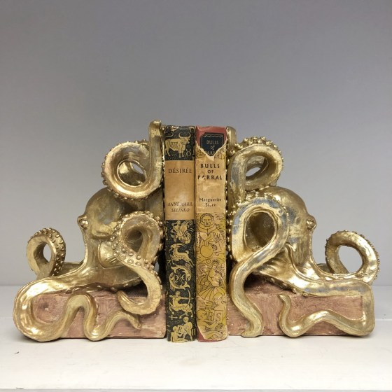 mor_gifts_interiors_octopus_bookends