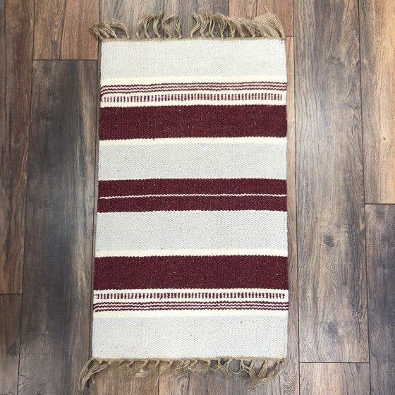 mor_gifts_interiors_red_rug