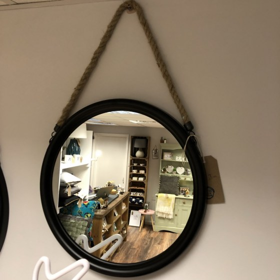 mor_gifts_interiors_small_black_mirror